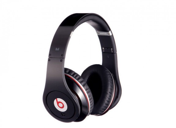 beats-by-dr.-dre-studio-high-definition-headphones-from-monster1